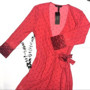 {BCBGMAXAZRIA} Medium red wrap floral dress